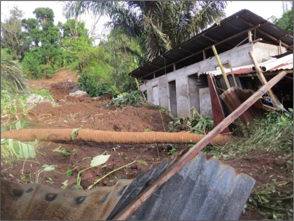 Community - Int'l images - Manado Indonesia flood 2